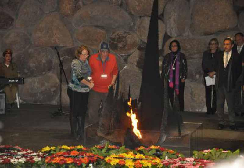 Friends of Yad Vashem at the 2015 Holocaust Martyrs´ and Heroes´ Remembrance Day Events
