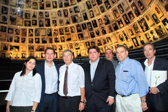 The delegation from the Illinois Holocaust tours the Yad Vashem Holocaust History Museum