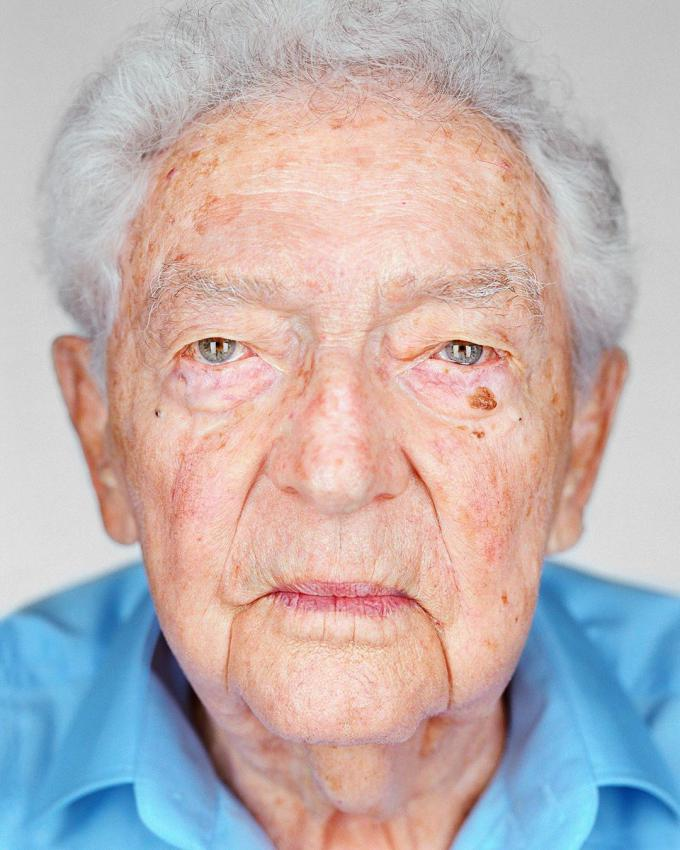 """Dr. Yitzhak Arad photographed for the joint project between Yad Vashem and Martin Schoeller, """"Survivors: Faces of Life after the Holocaust"""""""