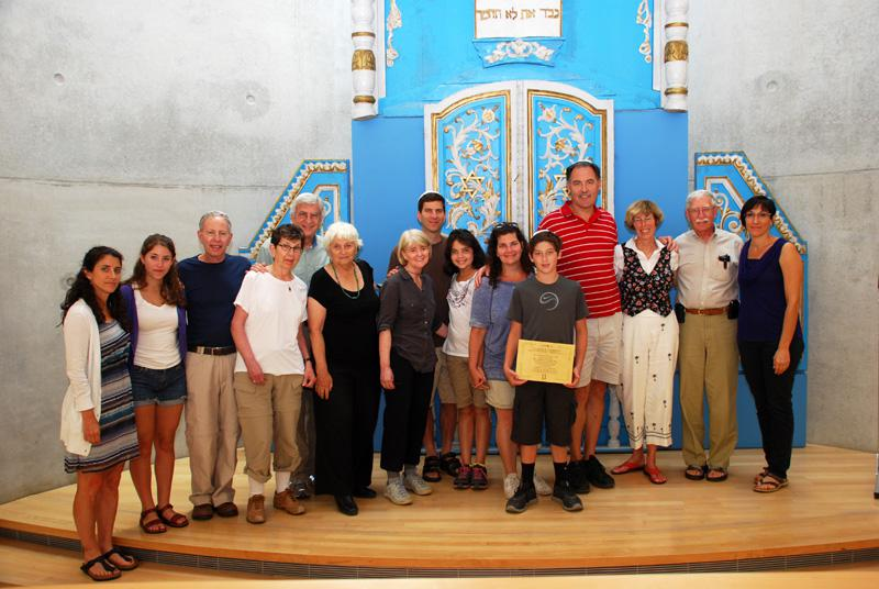 The extended Priven family during Jalen Schlosberg's twinning Bar Mitzvah ceremony at the Synagogue in Yad Vashem Jerusalem