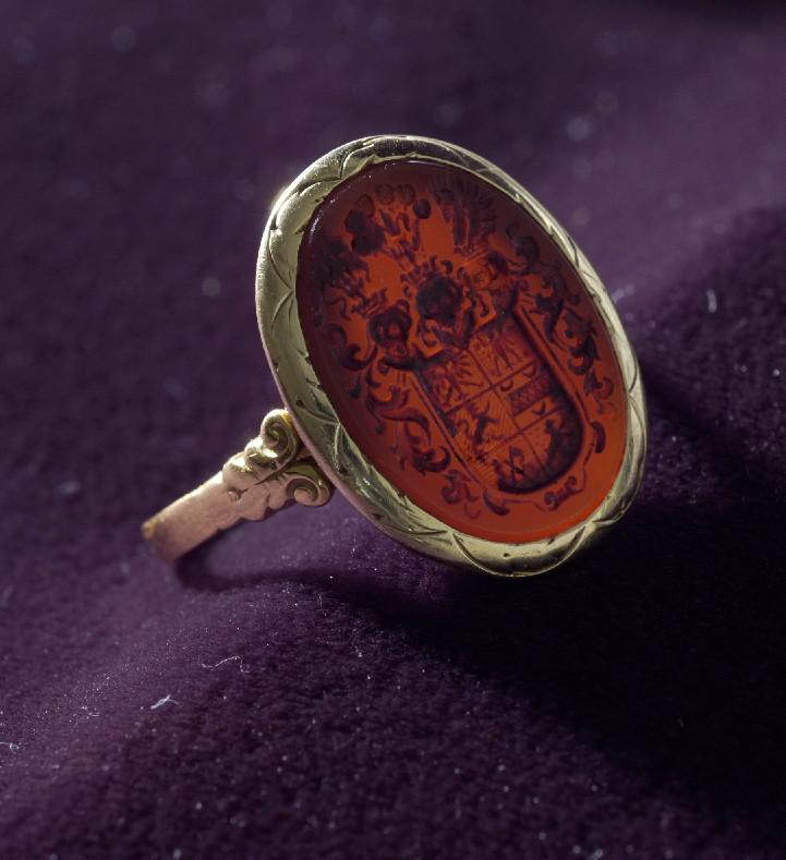 A signet ring from Heinz Samson's father