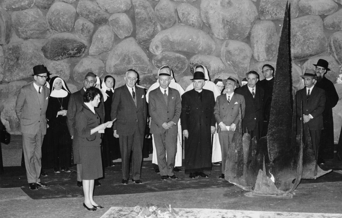 Clara (left) conducting a ceremony for a Righteous Among the Nations