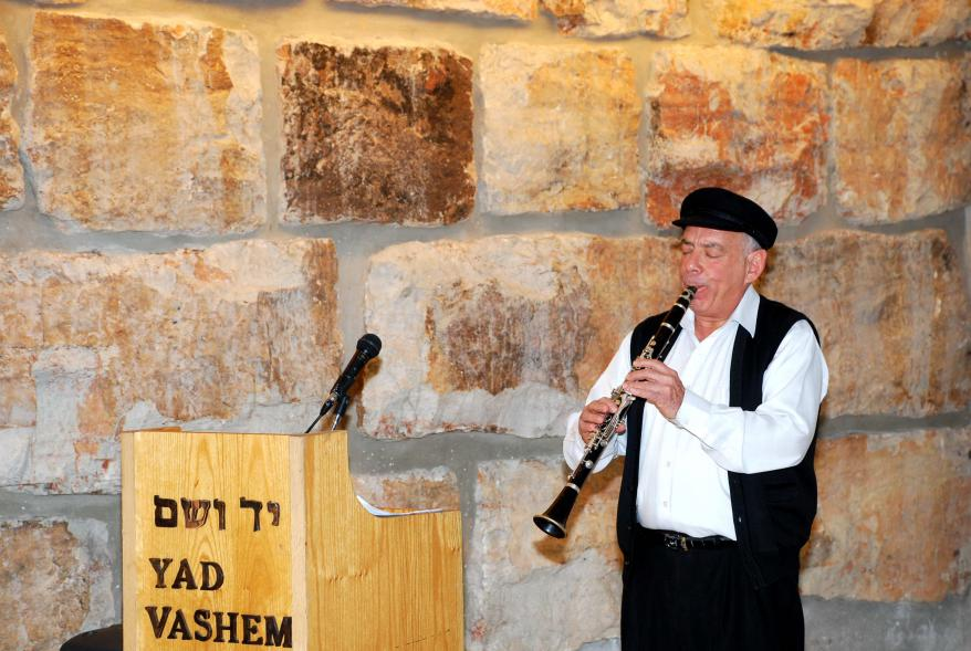 """""""Melodies in the Shadow of the Holocaust,"""" performed by clarinet player, Bernie Marinbach"""