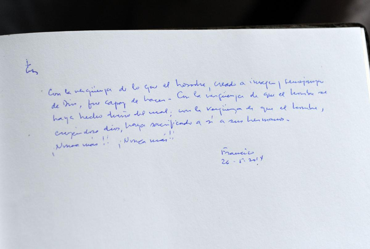 Message from Pope Francis in the Yad Vashem Guest Book