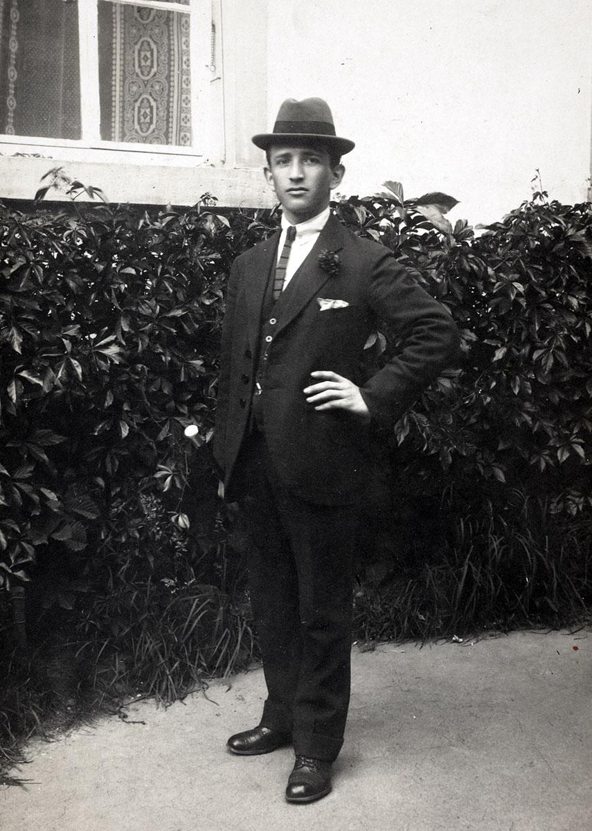 Menashe Margulies in the 1930s
