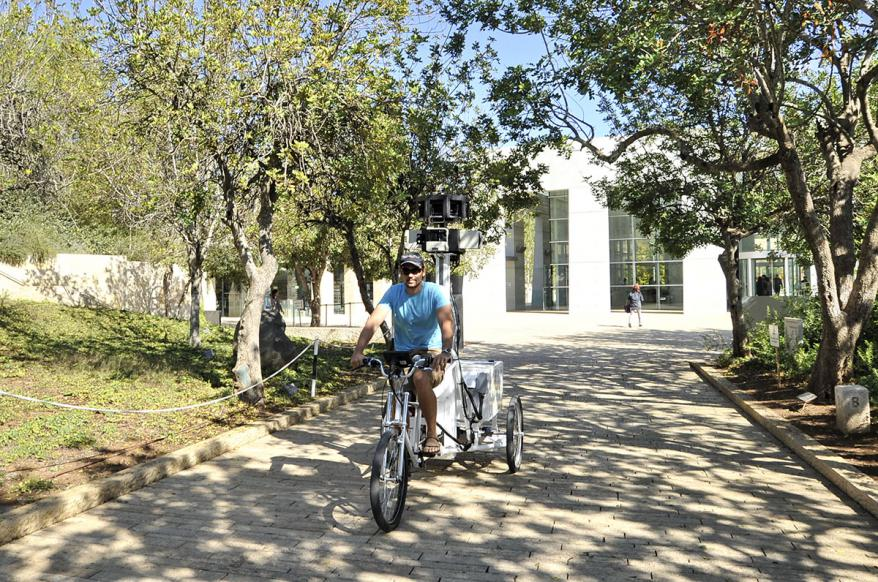 Google's Streetview Trike capturing images of the Avenue of the Righteous Among the Nations, Yad Vashem
