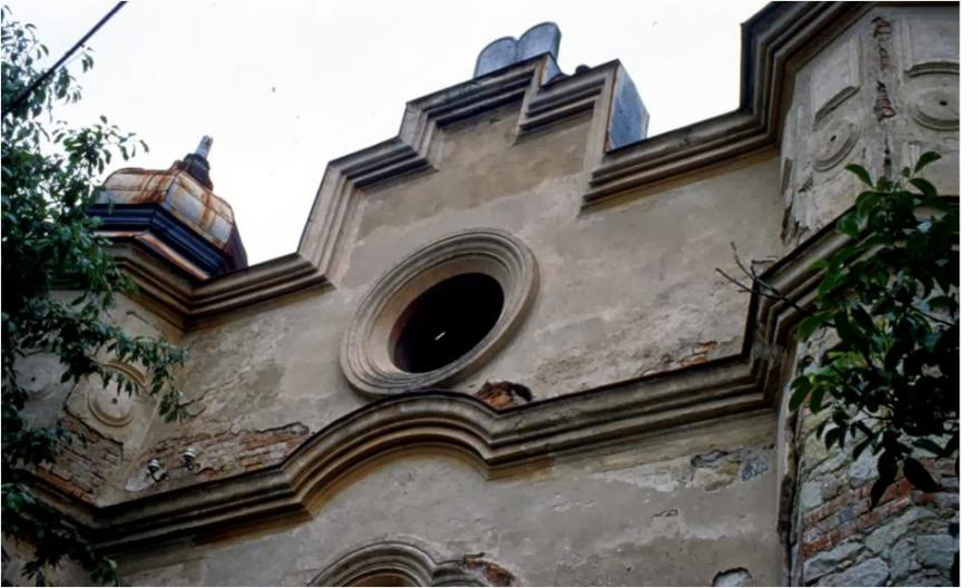 Outside of a synagogue shown in central Europe during the Dorfman's presentation
