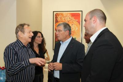 At the Yad Vashem Visual Center, Left to right: Avraham Harshalom, Holocaust Survivor, that thanks to his generosity the Online Film Database is available online; Liat Benhabib, Director of the Visual Center at Yad Vashem; Avner Shalev