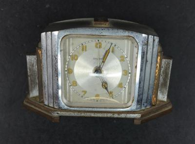 The watch that Zmira bought in exchange for a loaf of bread, upon her arrival at Bergen-Belsen