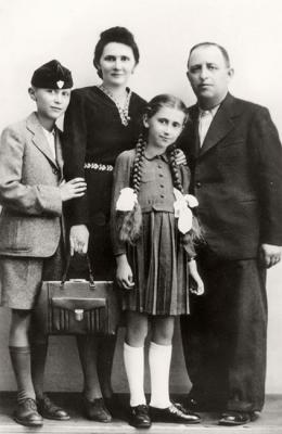 The Hirsch family, shortly before the war