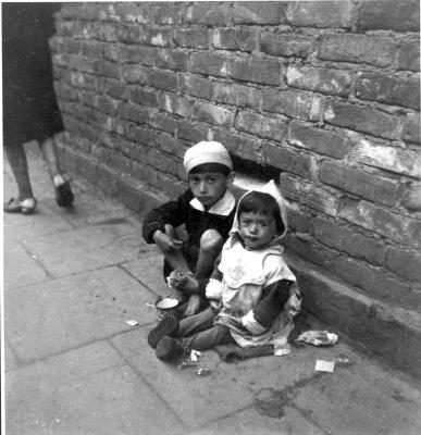 Starving children in the Warsaw ghetto, Poland