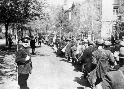 Wuerzburg, Germany, Jews being led to the train station by German police, 25/04/1942