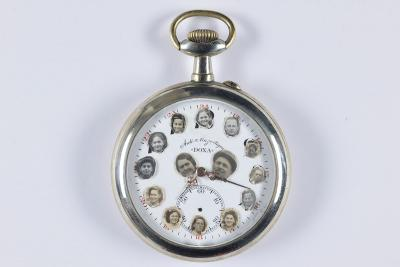 Pocket watch on which Yeshayahu Markowitz of Szilágysomlyó, Transylvania, pasted the photographs of his children in order of birth