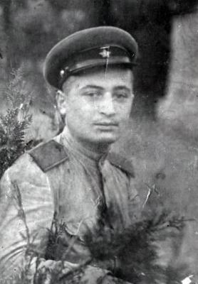 Simion Mamistvalov in Red Army uniform