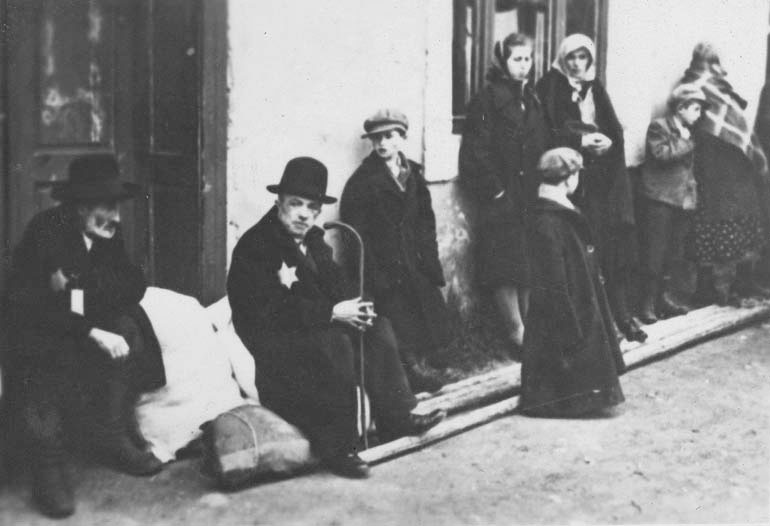 Cars For Under 1000 >> Deportations   Bratislava During the Holocaust   The Story of the Jewish Community in Bratislava