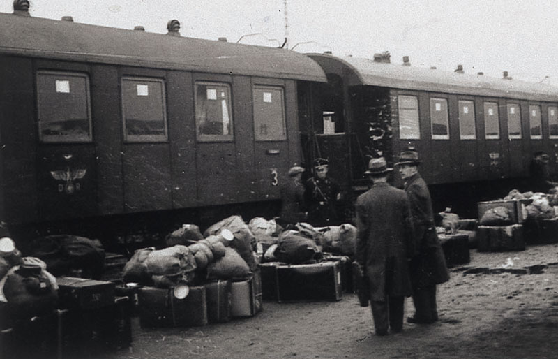 an overview of the holocaust and the concentration camps in the germany by the time of 1940s Children in the holocaust concentration camps vendor : yad a child-survivor of the auschwitz extermination camp who after being in a displaced persons camp in germany after the video documents the challenges and problems holocaust survivors faced from the time of their.