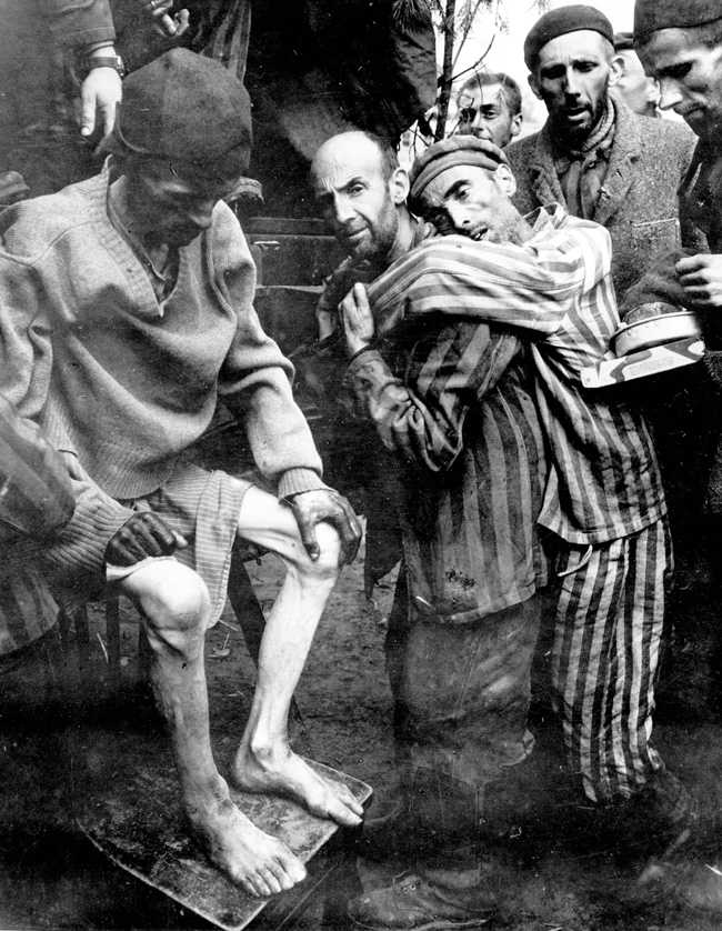 Jewish girls in concentration camps — photo 4