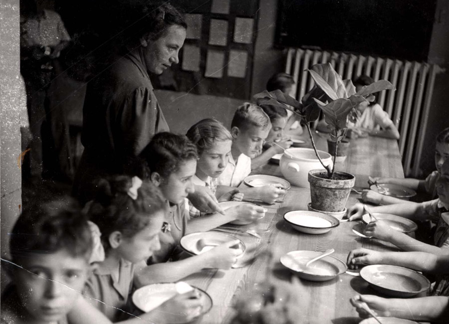 A meal in the children's home in Otwock