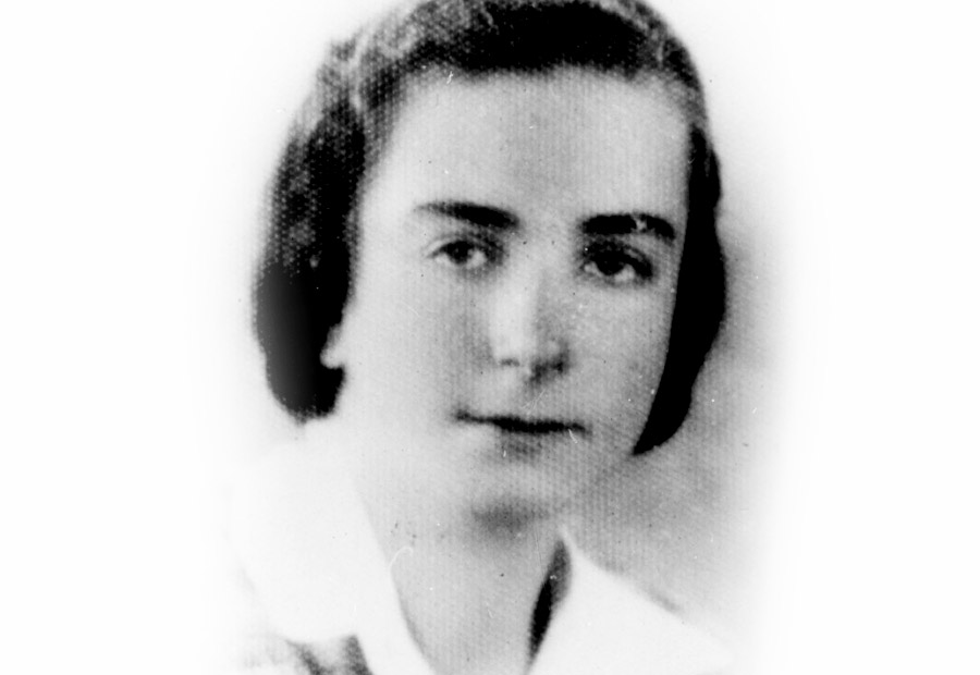 Eda Seternes, the teacher for the older group in the home, who brought Zionist teachings and ideology into the children's home