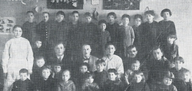 The Bund's children's home in Chelm; in the foreground, Shmuel (Arthur) Siegelbaum, a member of the Bund