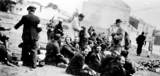 Jews in Roczyce, Poland, before they were deported to Piotrków Trybunalski in the spring of 1942