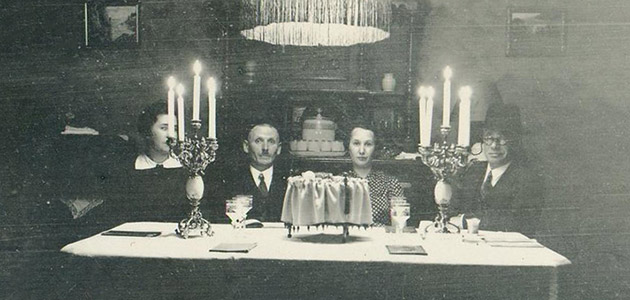 Passover Seder, 15 April 1938. The home of Helene and Rudolf Schwartz, Wiesbaden