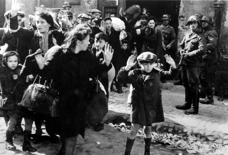 Life in the warsaw ghetto essay
